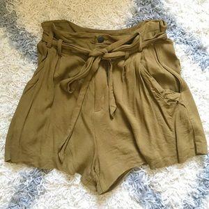 Zara bow shorts